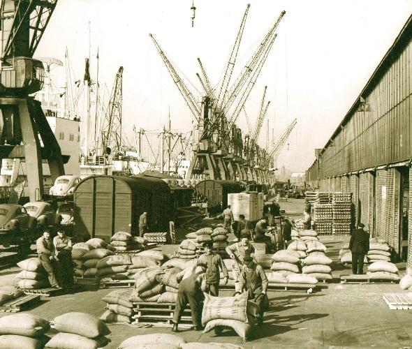 Verein 2 Hafenarbeit 590x500